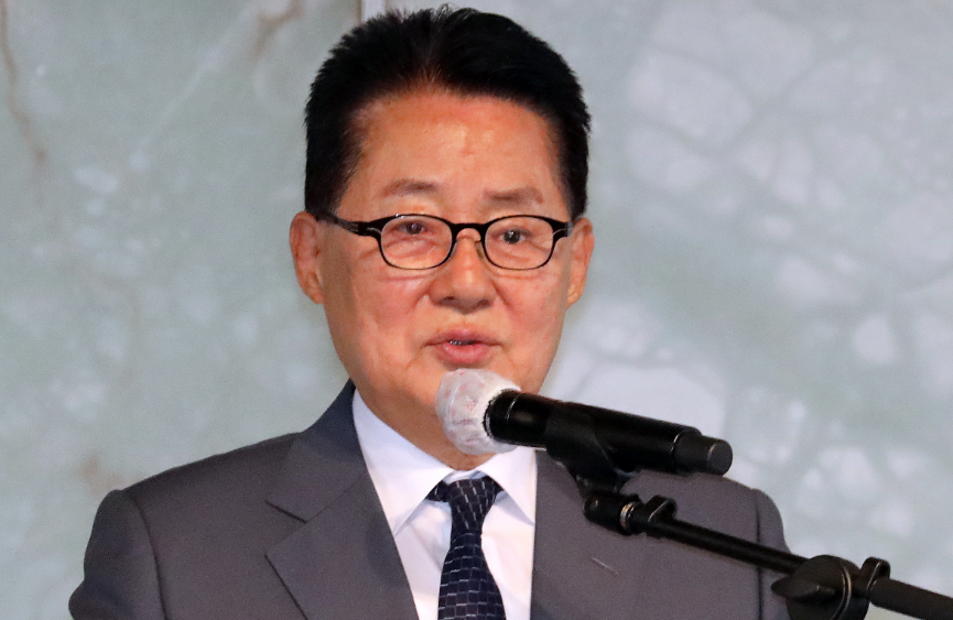 Jiwon Park Kim Jong-un is strongly welcomed by military activities
